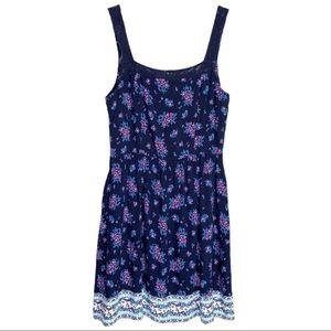 FINESSE Crochet Lace Floral Open Back Dress